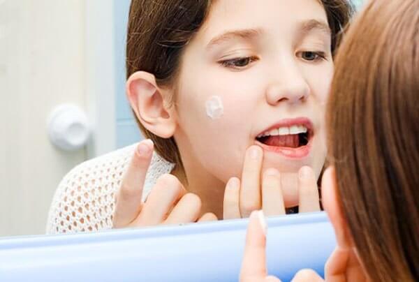 Зубная паста от прыщей: свойства, выбор пасты, советы специалистов