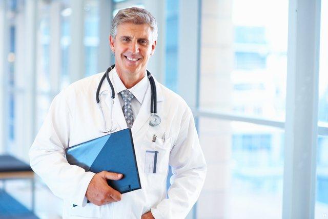 Явные симптомы и способы лечения рака прямой кишки