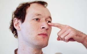 Как остановить приступ кашля у взрослых, народные способы, упражнения