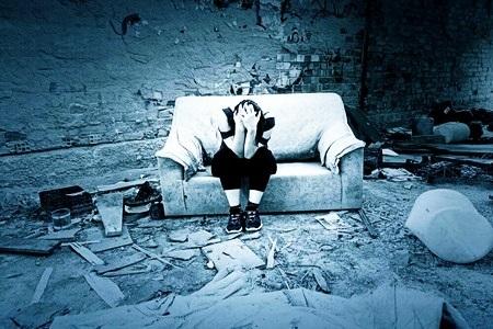 Явные признаки шизофрении у женщин: лечение и симптомы