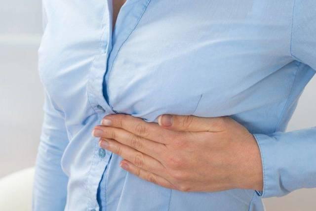 Перелом ребер: симптомы, лечение, диагностика, как спать