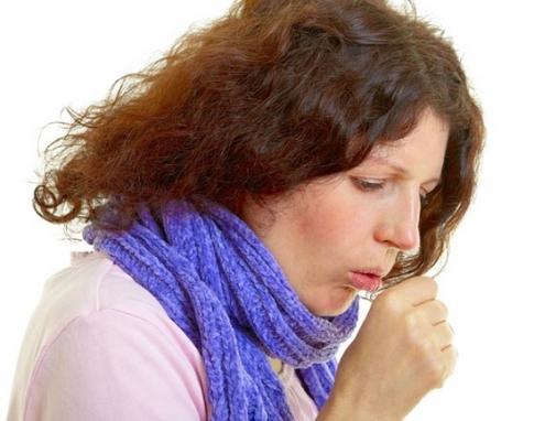 Как остановить и вылечить сильный кашель, народные способы лечения