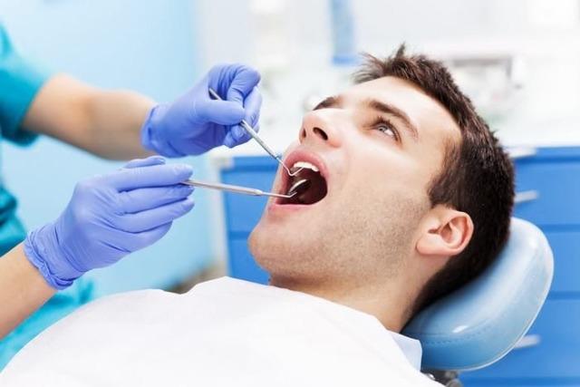 Болит зуб мудрости: что делать