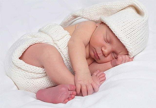 Лечение врожденной дисплазии коленных суставов у младенцев