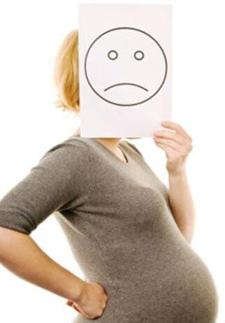 Что делать при запоре во время беременности