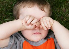 Конъюнктивит глаз: лечение у детей