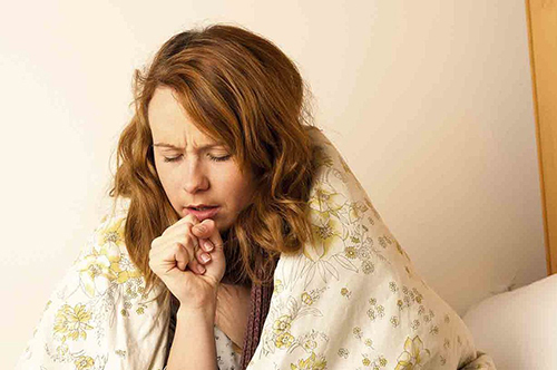 Кашель при щитовидке, симптомы заболевания и методы терапии кашля