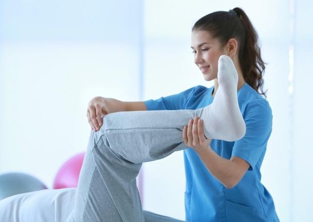 Артрит коленного сустава: симптомы и лечение