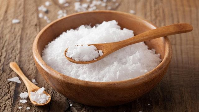 Морская соль от прыщей - средство, которое действует