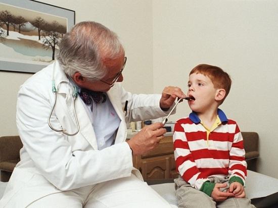 Трахеит: симптомы, лечение у детей