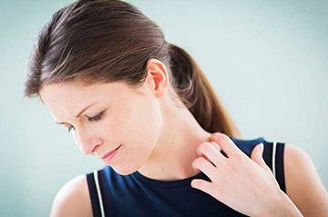 Заразен или нет псориаз? Всё о симптомах и лечении псориаза