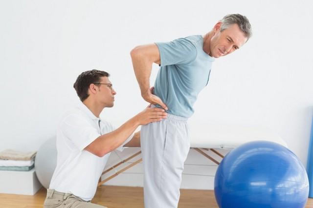 Поясничная грыжа: симптомы и лечение