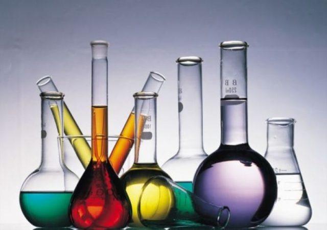Первая помощь при химических ожогах