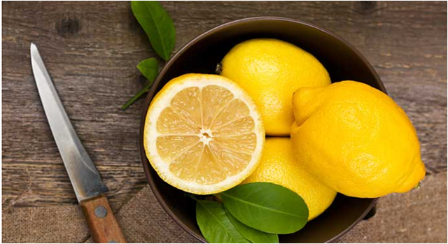 Как избавиться от запаха пота под мышками