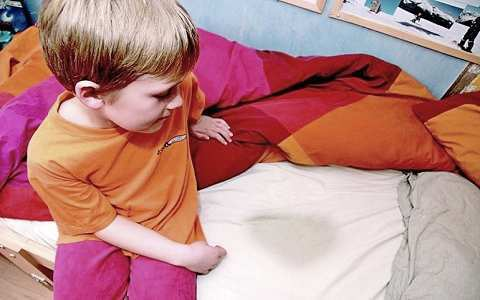 Недержание мочи у детей причины и лечение