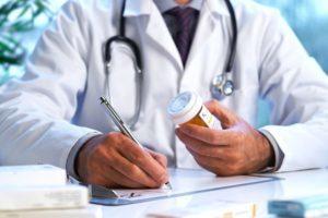 Что советуют врачи, когда находят в ваших почках камни или песок