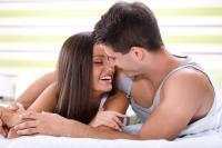 Можно ли заниматься молодым сексом во время месячных