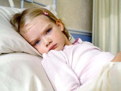 Какие симптомы и методы лечения применять, если нашли глистов у детей