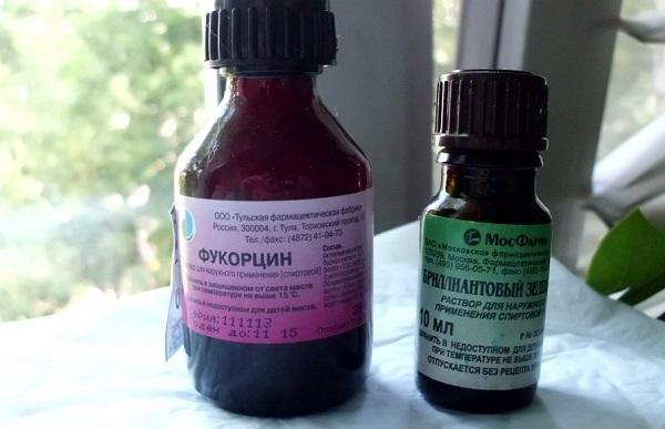 Особенности использования Фукорцина при ветрянке, сравнение препарата с зеленкой