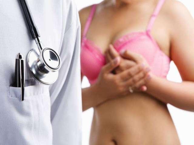 Причины и лечение выделений из грудных желез при надавливании