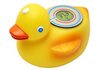 Какой показатель должна иметь температура воды для купания новорожденного ребенка