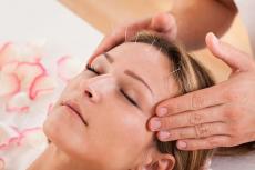 Что такое рефлексотерапия: кому она будет полезна